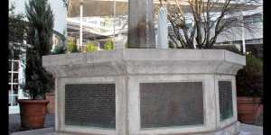 Holokauszt-emlékművet gyaláztak meg német állatvédők