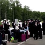 Határeset: a tilalom ellenére több száz haszid zsidó szeretne bejutni Ukrajnába