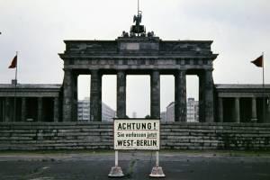 A billegő Brandenburgi kapu
