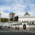 Bezárnak minden olyan mecsetet a franciák, ahol radikalizálják a híveket