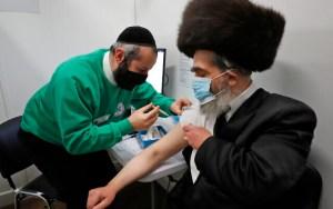 """Netanjahu: """"Már csak 570 ezer 50 év felettit kell beoltani, hogy vége legyen a koronavírus járványnak"""""""