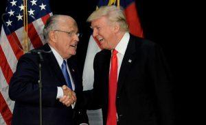 Keresetet nyújtottak be Trump és Giuliani ellen
