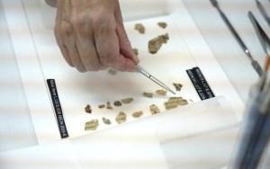 Újabb ókori tekercs-részleteket találtak egy Holt-tenger melletti barlangban