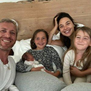 Megszületett Gal Gadot harmadik gyermeke