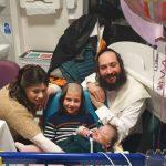 Az angol bíróság levenné a két éves Altát a lélegeztetőgépről, Izrael a walesi herceg segítségét kéri