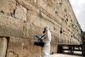 Karanténba került az izraeli külügyminiszter