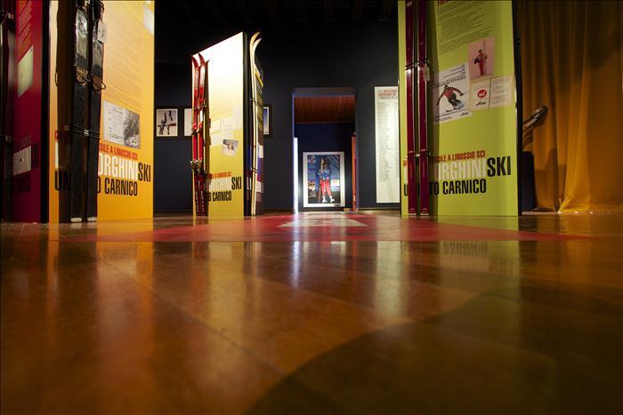 espositori per museo
