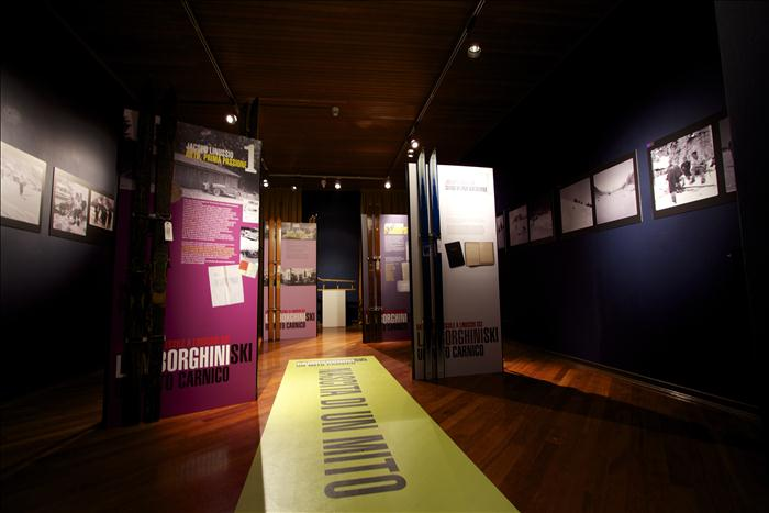 adesivi da terra museo