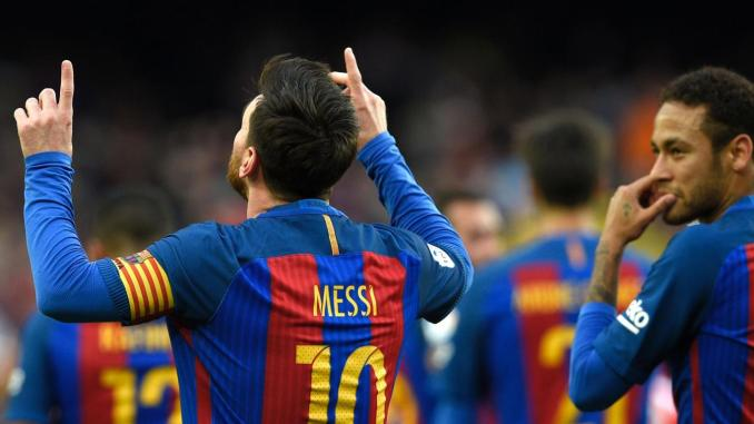 Lionel Messi netted a record-breaking free kick for Barcelona as they beat  Athletic Club Getty 8f08650a1