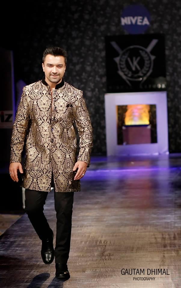 SHOWSTOPPER Ajaz Khan