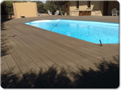 Tarimas_sinteticas_piscinas_jardines