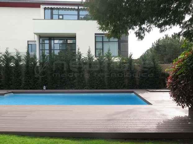 Tarima sintética para piscina Neomeck
