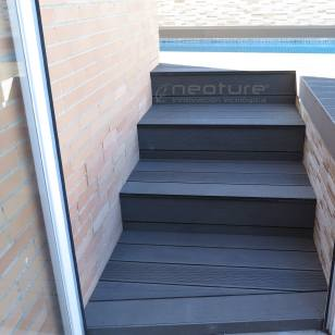 escalera-tarima-tecnologica-exterior-color-coffee