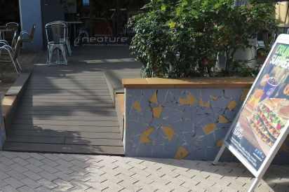 tarima cerramiento restaurante madera tecnologica