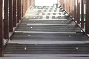 tarima composite para revestimiento escaleras