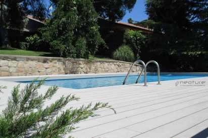 tarima exterior piscina madera