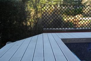 tarima para piscinas en madera tecnologica sin mantenimiento