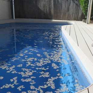 Tarima tecnologica sólida para piscinas
