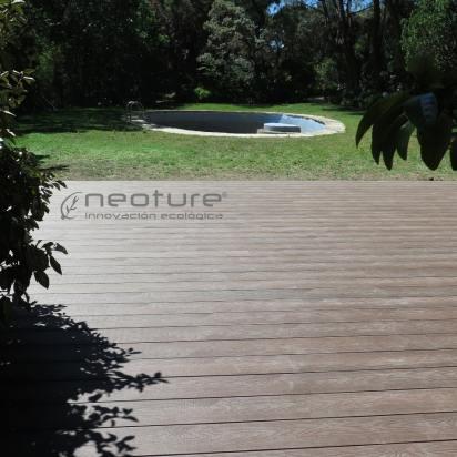 tarima exterior para terraza en madera sintética composite