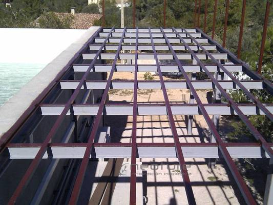 instalacion suelo tecnologico estructura metalica