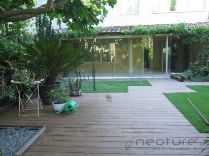 Tarima madera composite exterior piscina