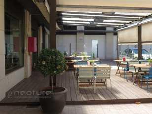 tarima-sintetica-terraza-bar