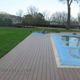 Tarima madera exterior alrededor piscinas