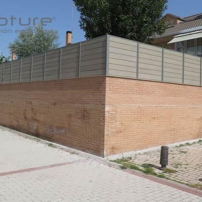 Vallado exterior en madera tecnológica NeoTeck Sand