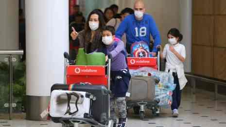 airport arrival corona virus