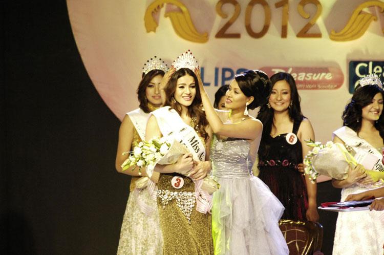 Shristi shrestha miss nepal 2012 crowned videos nepali blogger miss nepal shristi shrestha altavistaventures Choice Image