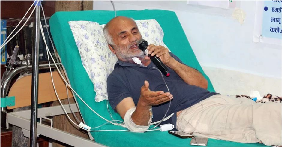 Agitating Dr KC urges Speaker to play active role