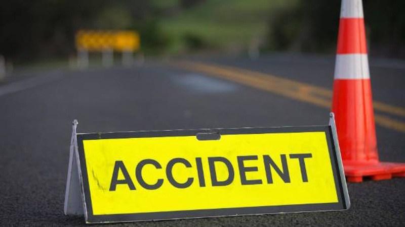 दुर्घटनामा एक जनाको मृत्यु ,९ घाईते