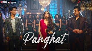 Panghat Lyrics - Asees Kaur, Divya Kumar , Sachin- Jigar