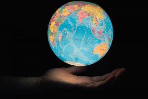 विश्वमा आजः वोत्सवाना स्वतन्त्रदेखि इन्डोनेसियामा सेनाको विद्रोह