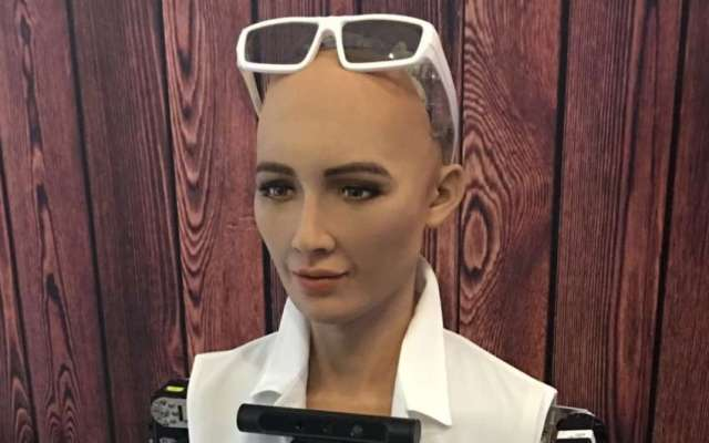 World's most advanced robot Sophia to address conference in Nepal