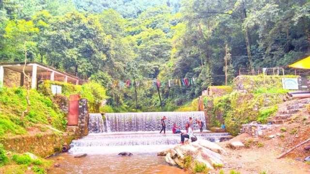 Muhan Pokhari at Telkot on the way to Nagarkot.
