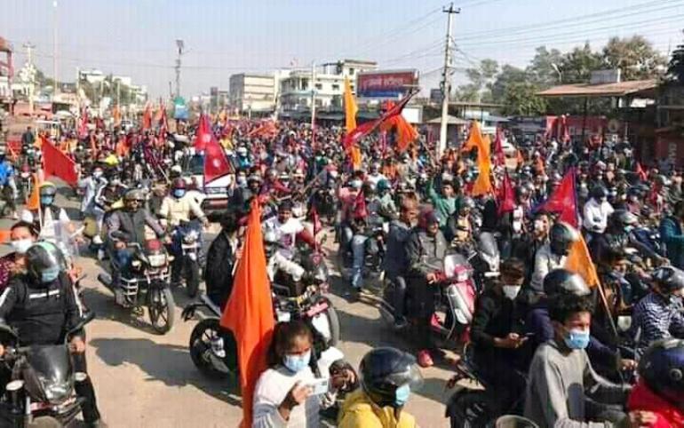 हिन्दु राष्ट्र र राजसंस्थाको माग गर्दै ठूलो मोटरसाइकल र्याली
