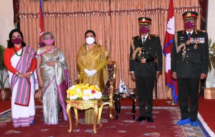 राष्ट्रपति भण्डारीद्वारा नरवणेलाई नेपाली सेनाको मानार्थ महारथी पदबाट सम्मान