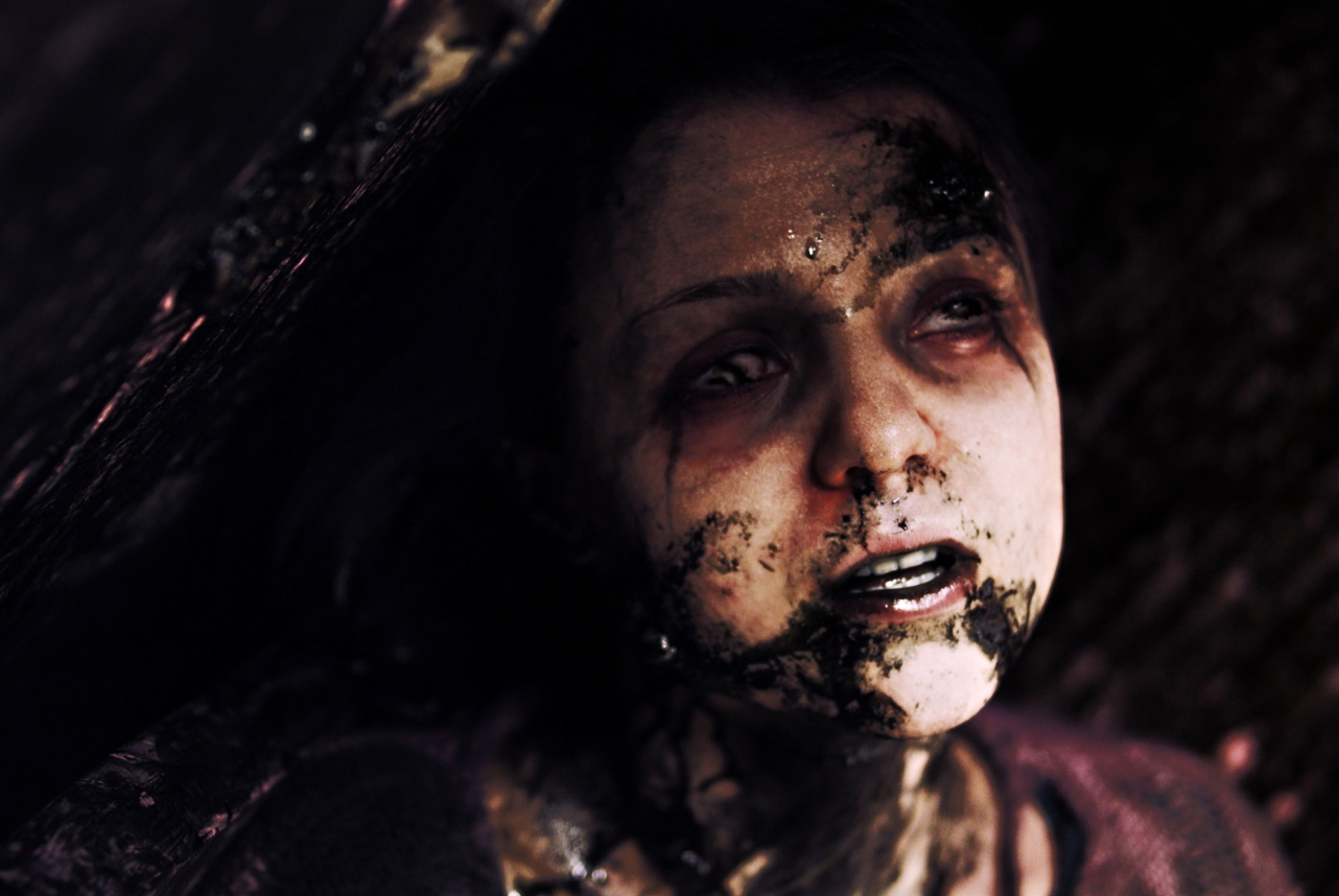 Nerdist Screens New Sci Fi Horror Thriller The Hive In