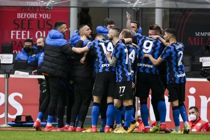 nerazzurrisiamonoi-lautaro-martinez-milan-inter-derby-2021-esultanza-2...