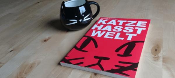 Katze hasst Welt von Kathrin Klingner