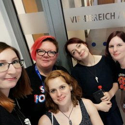 Cristin Wendt, Ronja Büscher und der Comicklatsch