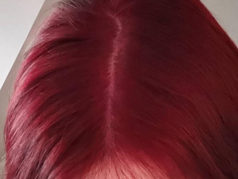 Ruby Metallic Rot - natürliches Licht