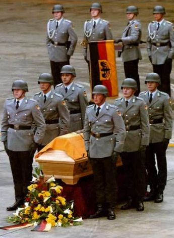 Bundeswehr  Karriere mit Zukunft  Nerd6