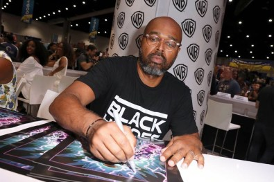 Nerdeek Life 20246405_10155642266993777_1705530508436386072_n Black Lightning Will Have an Authentic Black Voice Conventions