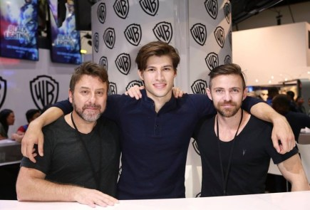 Nerdeek Life krypton-sdcc-signing-1 Syfy's Krypton and the History of the House of El Conventions