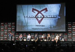 Nerdeek Life Shadowhunters-NYCC-Panel Freeform's Shadowhunters teases love and chaos at NYCC 2017 Conventions Nerdeek Life