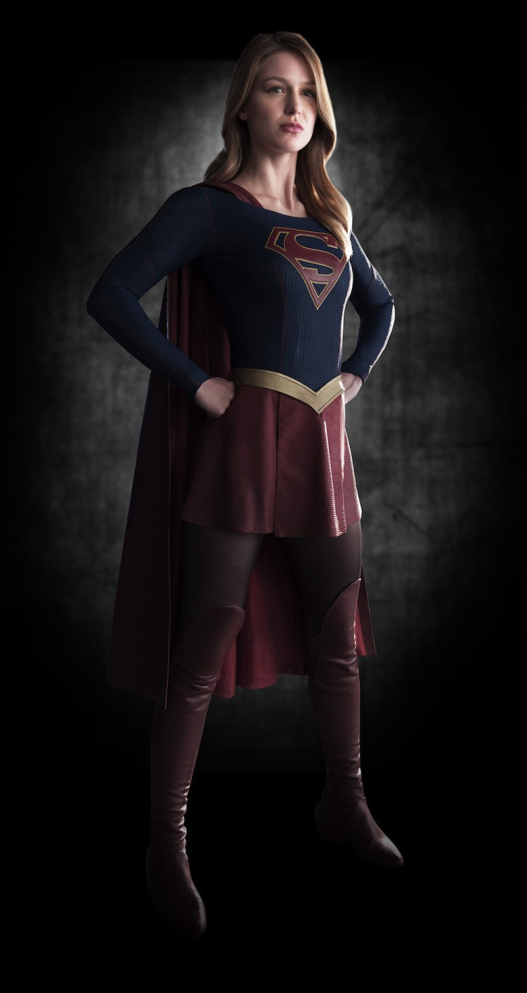 supergirl-first-look-image-full-body-2