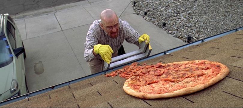 Parem de jogar pizza no telhado, diz criador de Breaking Bad