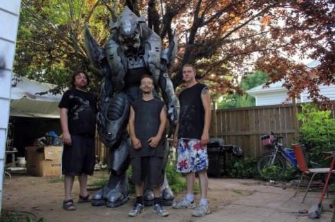 A fantasia do Halo Elite de 2 m de altura
